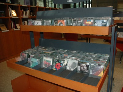 Présentoir-de-pochettes-CD